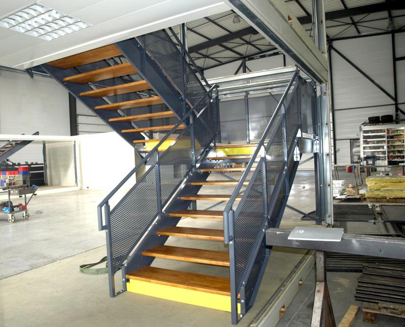 fabricant-escalier-métal